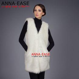2020 chaleco largo de piel negra Más el tamaño 5XL 6XL Blanco Negro chaleco de piel de imitación de las mujeres Gilet piel Escudo V-cuello largo falso concede la chaqueta Chalecos chaleco largo de piel negra baratos