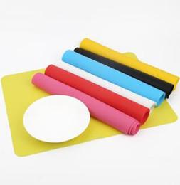 2019 silikon tischkissen Nonstick silikon backmatten 40 * 30 cm 5 farben backofen wärmedämmung pad kinder tischset ooa6262 günstig silikon tischkissen