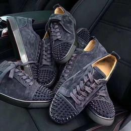 zapatos planos de boda para mujer Rebajas NUEVO Rojo Spikes Flat Veau Velours Designer Sneakers hombre entrenadores 100% cuero genuino Low Cut Men Mujeres Zapatos de fiesta Zapatos de boda