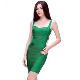 2019 Elegante Árabe Verde Escuro Lantejoulas Sereia Vestidos de Noite Fora Do Ombro Ruched Até O Chão Evening Prom Vestidos de Festa Vestido de Fornecedores de vestidos simples projeta fotos