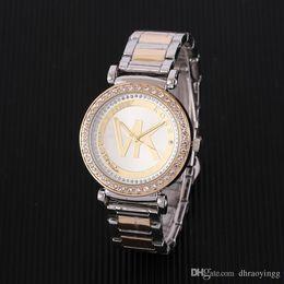 Horloges à la mode en Ligne-Montre Femmes Mode Strass Fleur Motifs Robe Montre Heure Féminine En Cuir Fleur Rose Lady Robe Analogique Quartz Vogue Horloge Relogio