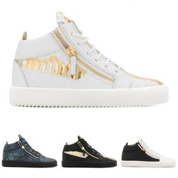 mens casual shoes zippers Coupons - Designer Gold Zipper Black White Snake Skin Scale Hight Top Sneakers Luxury Shoes Flats for Mens Woman Sports Trainers Leather Casual Shoes