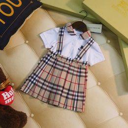 Canada vêtements pour enfants filles set été style élégant vêtements pour enfants marée t-shirt à manches courtes + robe de sangle costume décontracté deux pièces B-1 supplier elegant kids clothes Offre
