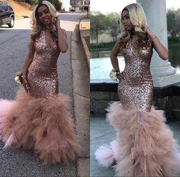 Vestidos de tul rosa online-2019 Impresionante rosa de oro con lentejuelas sirena vestidos de baile tren de volantes de tul profundo cuello en V vestidos de fiesta por la noche BC1836