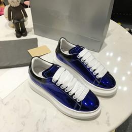 Canada Pas cher Designer De Luxe Hommes Femmes Sneaker Casual Chaussures Bas Haut Italie Marque Ace Bee Stripes Chaussure Marche Sport Entraîneurs xrx19041304 cheap italy brand shoes Offre