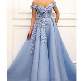Noite drapeado vestidos de ombro on-line-Designer azul Off the Shoulder Dresses Prom 3D Flor Beading Abendkleider vestidos de noite drapeado Longo Prom Dress 2019