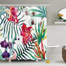 Tecido de impressão orquídea on-line-Flores de orquídea selvagens tropicais com folhas de palmeira imprimir arte da natureza estilo exótico, cortina de chuveiro de banho de tecido conjunto com ganchos, 69W x 70L