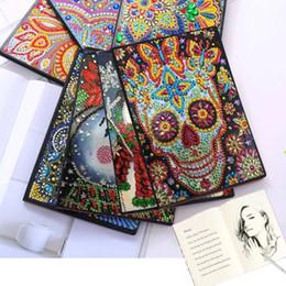 Diamante pintura da capa Luminoso Notebook A5 DIY 30 páginas de Papai Noel, boneco de neve, Mandala crânio padrão Notebook presentes Diário de Natal Livro de