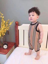 Novo Estilo Macacão de Bebê Verão Alimentado Bebê Menino Roupas de Bebê Recém-nascido Roupas de Manga Curta 6 Meses-3 anos de Fornecedores de poder do verão