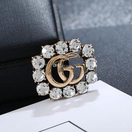 2019 baby mädchen perlen armbänder Diamant-Corsage-Spielzeug der Luxusfrauen-Bekleidungszubehörkristallbrosche reizende feine Legierung