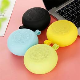Haut-parleur Bluetooth sports de plein air imperméables boucle mini haut-parleur haut-parleur portable carte sans fil petit audio avec boîte de détail ? partir de fabricateur