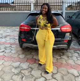 Vestido de baile de renda de renda chiffon amarelo on-line-Macacão amarelo Vestidos de Baile sexy sheer rendas sem mangas chiffon Vestidos de Noite Formal Vestido de Noite Elegante Africano Prom Vestido Formal Vestidos
