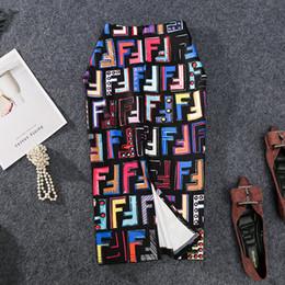 faldas de mezclilla mujeres al por mayor Rebajas 2019 Mujeres Falda Lápiz Estiramiento Alto Graffiti Impreso Midi Slip Falda de la cadera Mujer New-Coming Verano Europeo