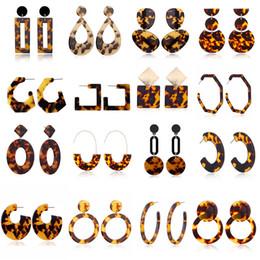 Joyas de estilo leopardo online-28 estilos de moda para mujer leopardo acrílico pendientes de gota para las mujeres acetato de concha geométrica diseñador pendiente femenino regalo de la joyería del partido