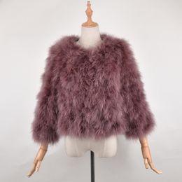 Naturaleza de piel online-Recién llegado Femenino superventas Moda Real Avestruz Fur Coat Mujeres hechas a mano naturaleza Turquía chaqueta de piel