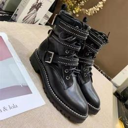 Canada 2019 New Martin bottes femme style britannique en cuir printemps et en automne bottes courtes Harajuku étudiant plat rétro haute aide moto chaussures supplier female flat motorcycle boots Offre