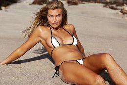 Barato elegante on-line-Mulheres Matching BIQUINI maiô biquíni brasileiro, barato famosa Venda Swimwear Moda swimwear esporte projetado biquíni, natação elegante flexível