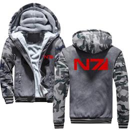 Масса эффект куртка n7 онлайн-Мужчины Mass Effect N7 молния куртка кофты сгущаться балахон пальто повседневная кофты мужская мода