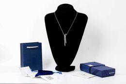 MANDARIN BAMBOO Catena maglione elegante e classica con forma di bambù Elegante postura con collana da