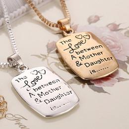 Pendentif mère nouvelle arrivée en Ligne-2018 Nouvelle Arrivée Snap Bijoux L'amour Entre Une Mère Fille Est Lettres Pendentif Colliers Pour Femmes 2 Couleurs Zj -0903216