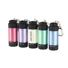 Bright mini flashlights онлайн-Открытый многофункциональный светодиодный фонарик мини-пластиковый яркий фонарик USB аккумуляторная брелок лампа водонепроницаемый портативный свет LJJZ254