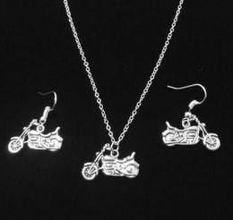 Colar de peixe vintage on-line-Padrão misto de Prata Do Vintage Trator Da Motocicleta Esqueleto Da Motocicleta Raquete de Gato Colares Brincos Conjunto de Jóias Mulheres Acessórios de Moda Presentes