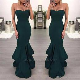 2019 Sexy Sereia Verde Escuro Vestidos de Noite Barato Tier Ruffle Saia Querida Frente Fenda Até O Chão Vestidos de Noite Vestidos de Baile Desgaste Personalizado de