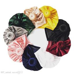2019 häkeln baby wolle cap design 11colors Velvet Kid Neugeborenes Baby Mädchen Hut Baby Indian Twist Knot Bonnet Chemo Turban Mütze Beanie Hut Kopftuch Wrap Solid Fk