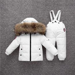 Traje de niño chico abrigo online-nuevo invierno abajo chaqueta de los niños de la ropa del niño del bebé ropa de niños para el muchacho parka juego del desgaste del esquí de la nieve espesa la capa