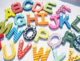 Образные магниты онлайн-Обучающие Игрушки Магнит На Холодильник Ребенок Красочные 26 Букв Форма Обучения Игрушки Деревянные Магнитные Малыш Детские Игрушки Магниты