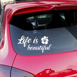 revestimento de vinil para auto Desconto 15 * 7.5 CM Vida é Bela Car Auto SUV janela decalque Car Styling Citações Inspiradas Vinyl Car Envoltório Etiqueta