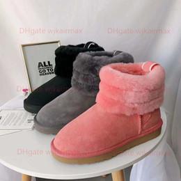 2019 zapatos de trabajo de bronceado Las mujeres botas de invierno Pelusa Mini acolchado Australia botines del diseñador de moda de lujo Bota mujer botas de nieve pelusa Sí Slide Zapatos ocasionales calientes