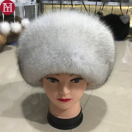 eea1576d0521f9 fashion new style luxury winter Russian natural real fox fur hat 2017 women  warm good quality 100% genuine real fox fur cap S18120302