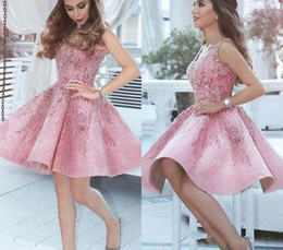 Júnior mais tamanho vestidos de formatura on-line-2019 rosa vestido de baile uma linha V Neck Juniors doce 15 vestido de festa de formatura Cocktail Plus Size Custom Made vestido de baile curto