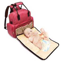 Pañales chicas online-Polka Dot Mochila Bolsa de pañales Bolsa de pañales para bebés a prueba de agua Mamá para niño y niña de gran capacidad 2018 Bolsos de moda para mujeres