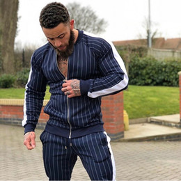 2019 vestes de rue pour hommes 2018 nouveaux hommes automne survêtement ensembles de survêtement Sweat-shirt de survêtement multi-poches pantalons de mode High Street Jackets ensembles vestes de rue pour hommes pas cher