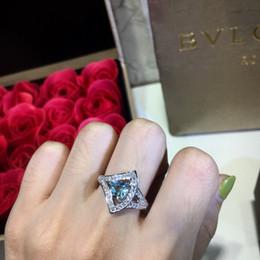 blaue zirkonringe für frauen Rabatt 2019 Weinlese-Ring S925 ziehen Frauen Blumen-Ringe mit Blue Zircon Frauen-Partei-Hochzeit-Verpflichtungs-Geschenk