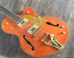 chitarre elettriche ems Sconti Spedizione gratuita, chitarra elettrica OEM Jazz falena semi-falciata in porcellana OEM falco con hardware dorato Tremolo EMS