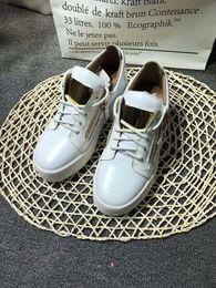 Новый бренд итальянские дизайнерские мужские кроссовки женские повседневные туфли из натуральной кожи на шнуровке высокие топы коричневые двойные декоративные молнии adn18051701 cheap italian sneakers men от Поставщики итальянские тапочки мужчины