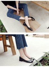 квадратные носки Скидка Zapatos De Mujer Женщины Весна и Осень Мода Лакированная Кожа Квадратного Носка Плоские Туфли С Пряжкой Женский Случайный Офис ПР Насосы