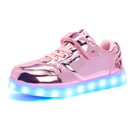 Chargeur chaussures en Ligne-Warm like home New 25-35 USB Charger Glowing Sneakers Led Children Lighting Shoes Boys Girls illuminated Luminous Sneaker
