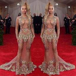 nacktes, rückenfreies abendkleid Rabatt 2019 Transparente Perlen Abendkleid Beyonce Met Ball Roter Teppich Kleider Nude Naked Celebrity Gown Durchsichtig Formal Wear Sweep Train Backless