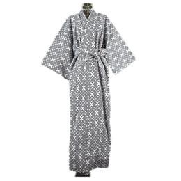 Roupa de dormir tradicional on-line-2017 legal tradicional japonês masculino quimono robe dos homens yukata 100% algodão dos homens robe de banho quimono sleepwear com cinto 62502