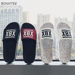 sapatas clássicas coreanas Desconto Chinelos dos homens Novo Verão Lazer Ao Ar Livre de Todos Os Jogo Simples de Fundo Grosso Sapatos Homens Estilo Coreano Não-slip Clássico Apartamento com Sapato