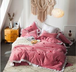 Bestickte tagesdecken online-Bestickter Baumwollbettwäschesatz für Erwachsene Schlafzimmer Dekor Bettwäsche Bettbezug Mädchen Heimtextilien Tagesdecke Königin