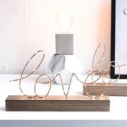 Lâmpada de luz amor on-line-Aniversário Presente figuras decorativas enfeites LED Lâmpada Luz Love Letters Sala Quarto layout Decoração dos Namorados