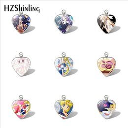 Encantos luna marinero online-2019 Nuevo Sailor Moon Heart Pendant Car Ladies Charms Encantos Sailor Moon Colgantes Joyas de Cristal Cabochon
