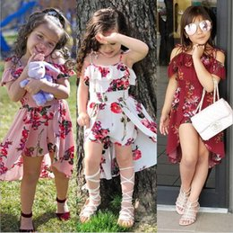 2019 vestidos de bebê floral vintage Vestidos Da Menina do bebê Crianças Princesa Verão Floral Vestido Flores Impresso Vestido Suspender Fora Do Ombro Vestidos Irregular Praia Vestido Vintage 5313 vestidos de bebê floral vintage barato