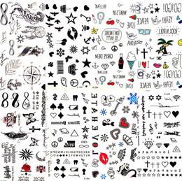 Labios tatuados online-800 estilos Hot Small Sexy Lips Leaf Black Cartoon Tattoo Sticker Cute Star Tattoo Stickers Love Women Body Finger Art Waterproof Tatoo Kid