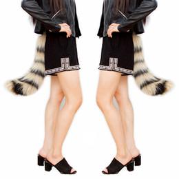 sexy pelzschwänze Rabatt 50 cm Novetly Realistische Kunstpelz Fuchsschwanz Verstellbarer Riemen Sexy Flauschige Katze Schwänze Halloween Party Cosplay Kostüm für Erwachsene / Teenager A-819